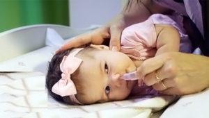 Как промывать нос физраствором новорожденному