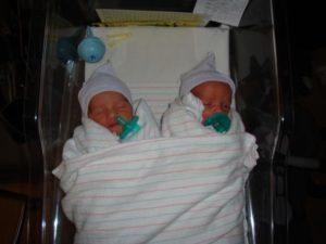30 неделя беременности двойняшки