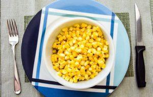 Кукурузу кормящим мамам можно