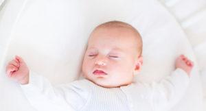 Голова у новорожденного потеет голова