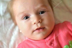 У ребенка 2 месяца испуг