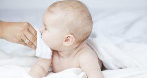 Почему у детей слюни текут