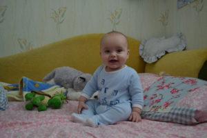 Ребенок встает в 7 месяцев
