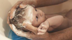 Как часто детям мыть голову