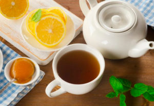 Можно ли пить чай с лимоном кормящей маме