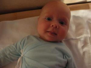 Когда малыш начинает улыбаться осознанно