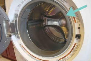 Стиральная машина lg протекает вода из под дверцы