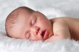 Если холодный нос у новорожденного