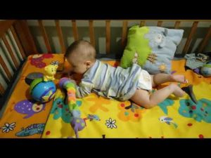 Ребенок пополз в 4 месяца