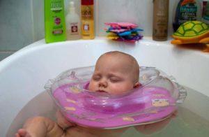 Можно ли купать ребенка когда сопли
