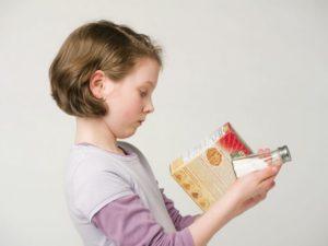 Когда можно солить еду детям